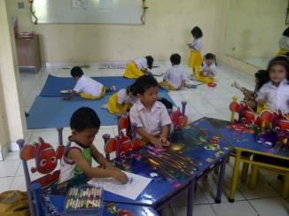 Tebet-20120509-01636